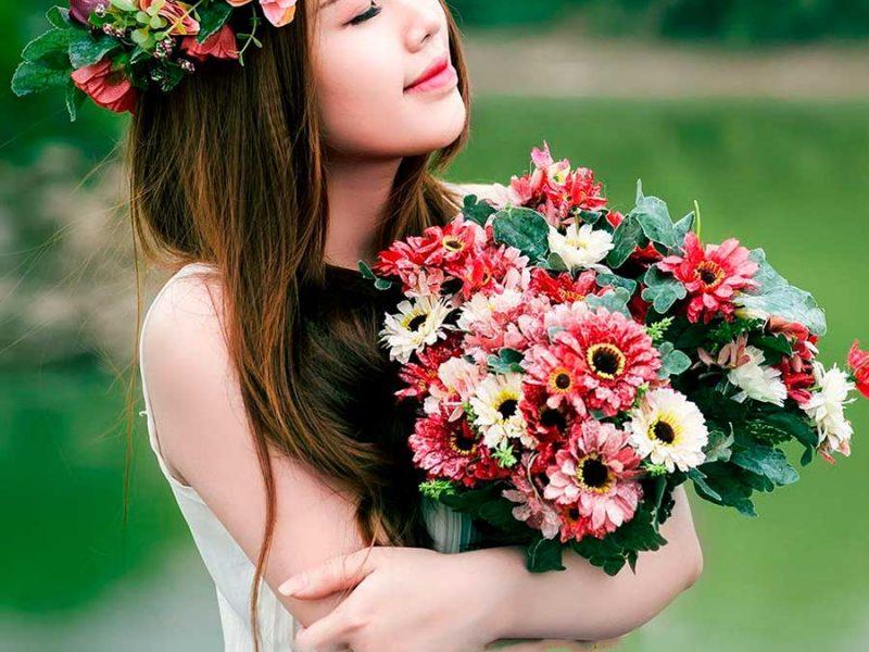 Sevdiklerinize Yakışır Çiçekler Gönderin